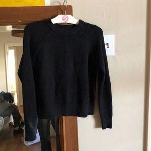 Cropped black sweater XS